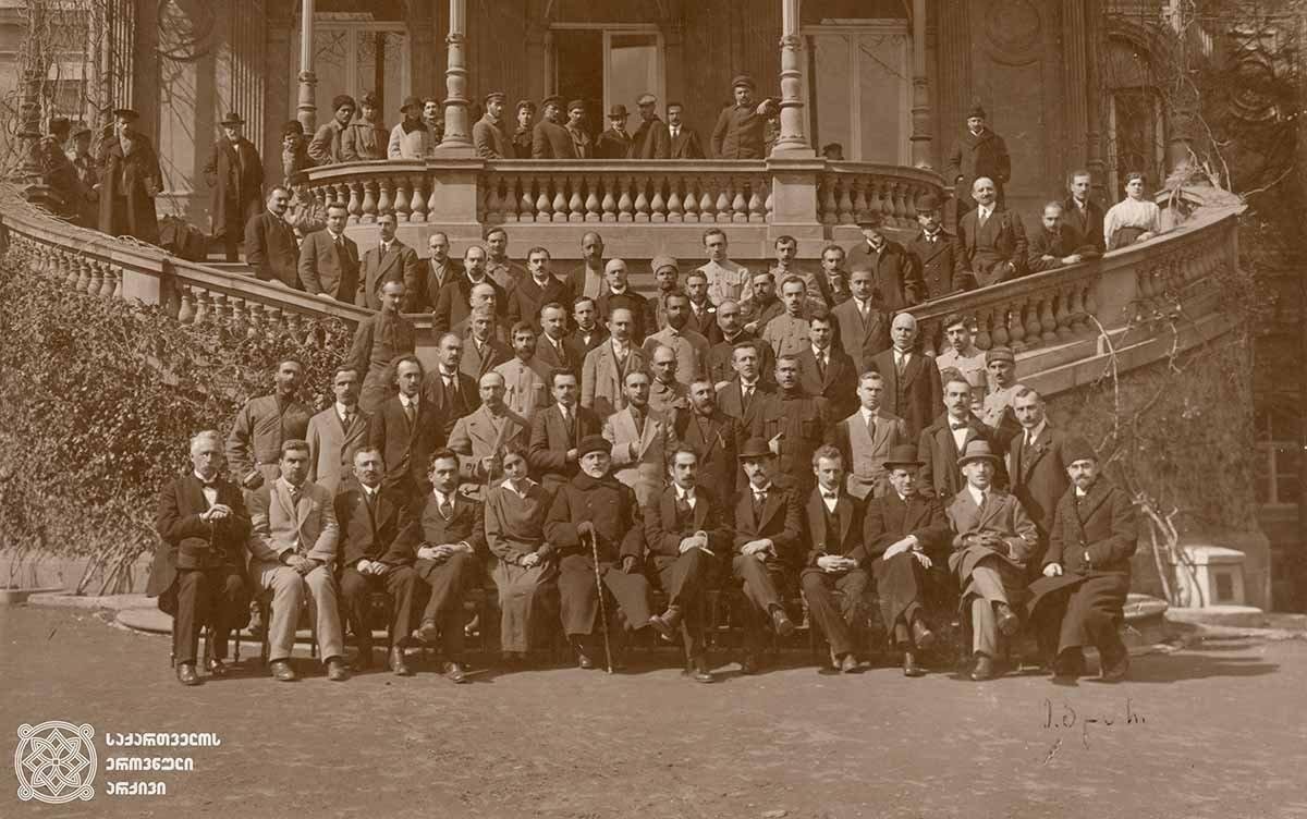 Photo of 1920: მთავრობამ არაფორმალური განათლებისთვის 2 მილიონი გამოყო