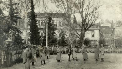 Photo of 12 თებერვალი, 1921: ტფილისისა და ბორჩალოს მაზრებში,  რკინიგზასა და ტყიბულის მაღაროებში სამხედრო წესები გამოცხადდა